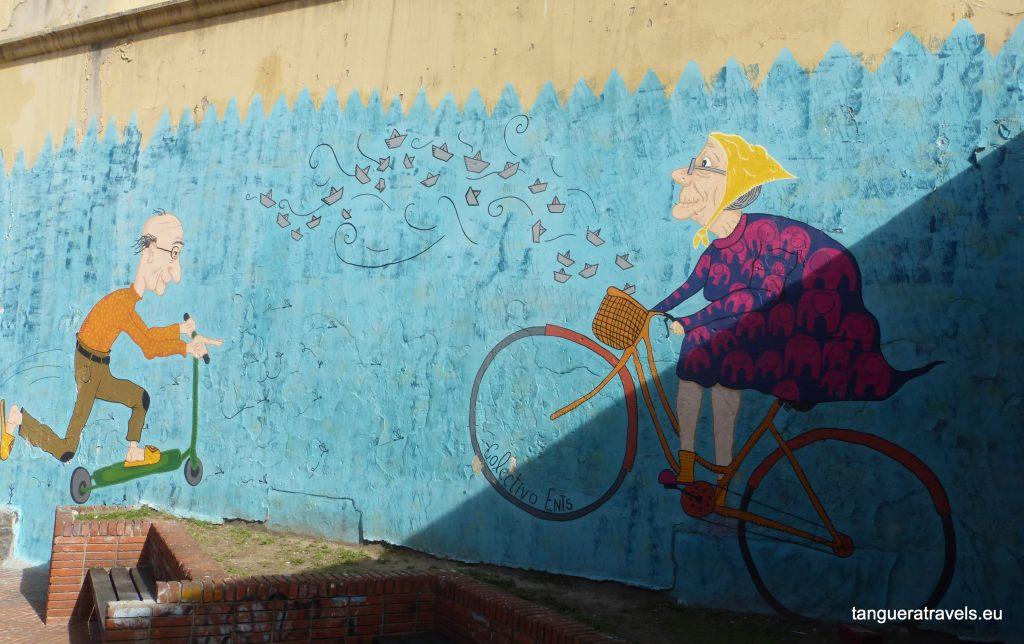 street art in Montevideo: sporty granny and grandad