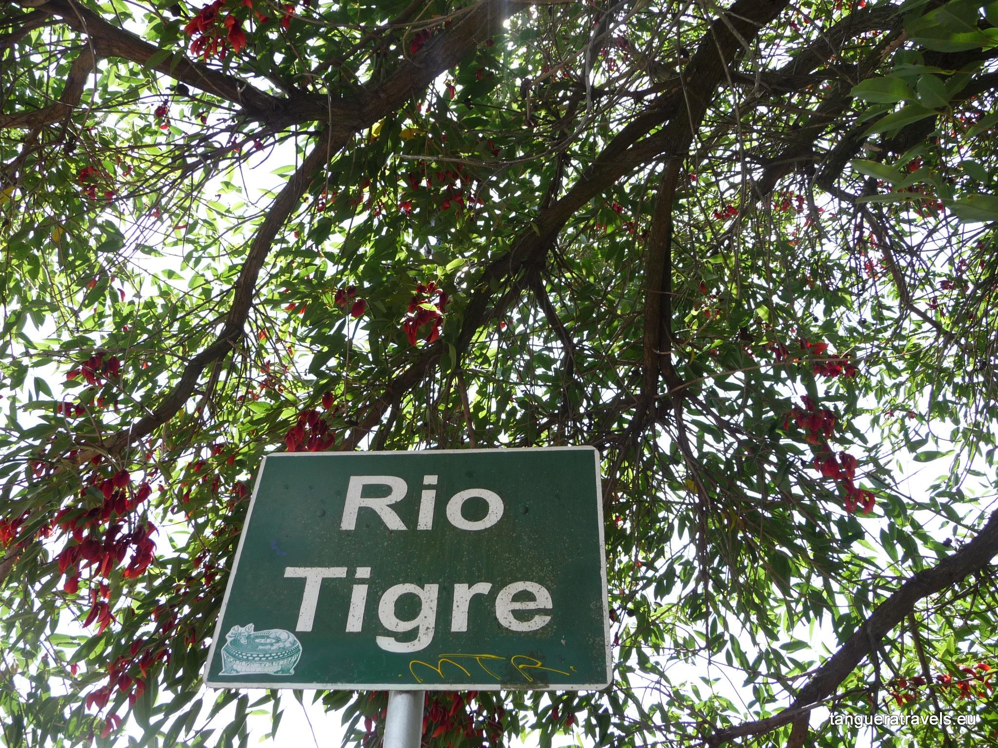 Rio Tigre sign