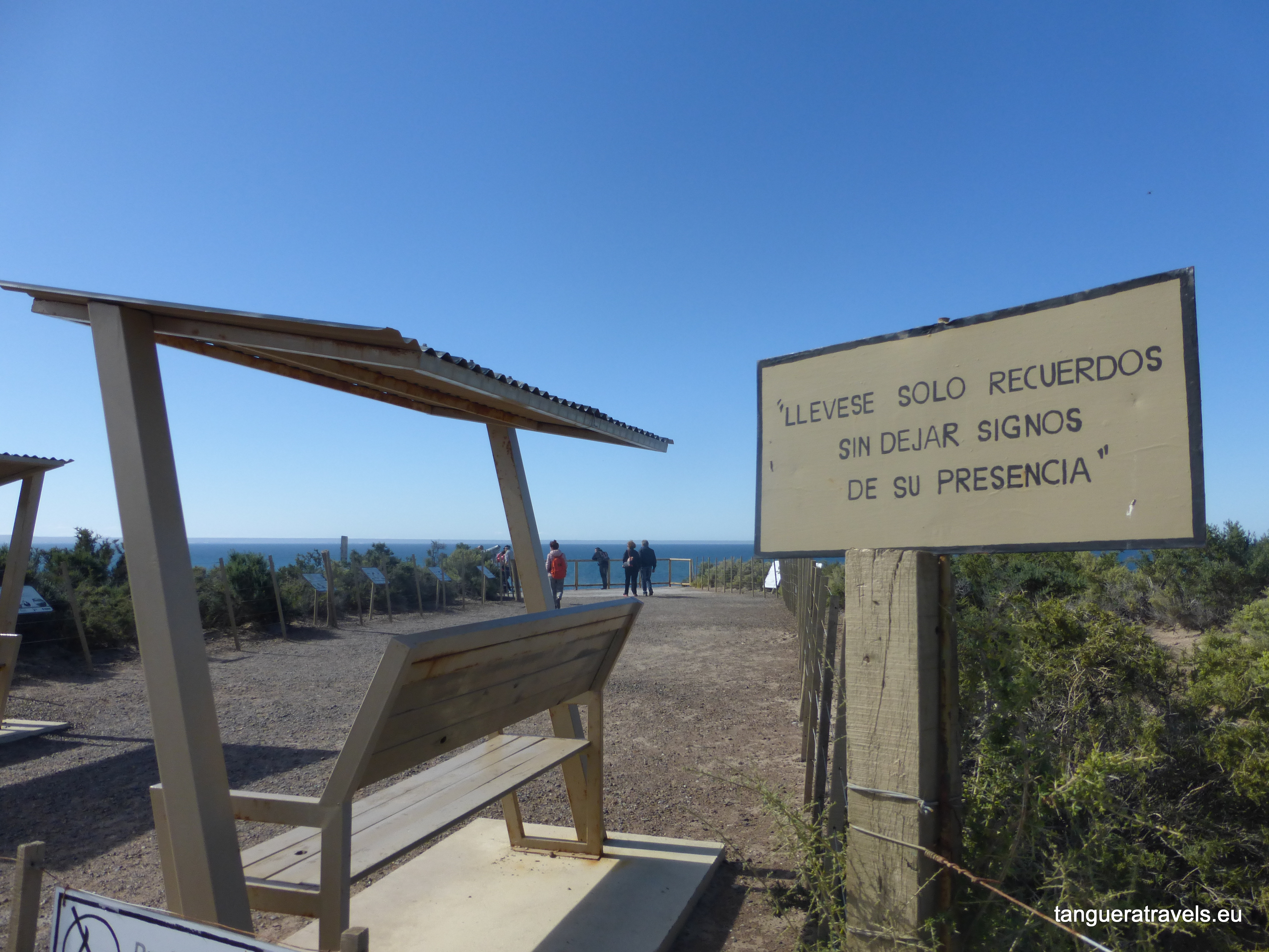 Sign at Punta Loma, asking the visitor to take only memories and leave no signs of their presence
