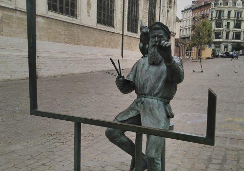 statue of Belgian artist Pieter Bruegel something is better than nothing