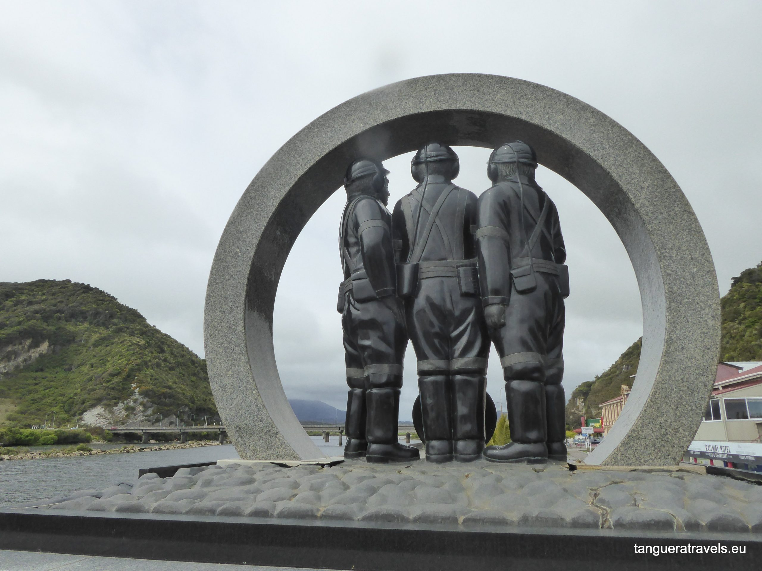Greymouth memorial to the victims of mining accidents